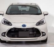 2022 Toyota Prius C Hatchback New Car 1.5 Colors Lease Changes