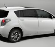 2022 Toyota Verso 2006 7 Seater 2008 2012 Image