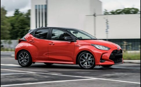2022 Toyota Yaris Hatchback Me 2000 Ativ Is Lease Interior Automatic