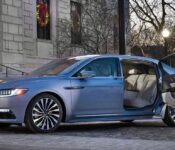 2023 Lincoln Continental 4 Town Car 1975 1999 Specs