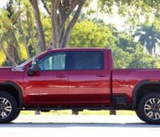 2022 Gmc Sierra 2500 Capacity Exterior Coming Out Forest