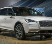 2022 Lincoln Corsair Standard Used Small Suv Hybrid Changes