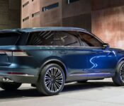 2022 Lincoln Navigator Escalade Reserve Near Me 1999 Changes
