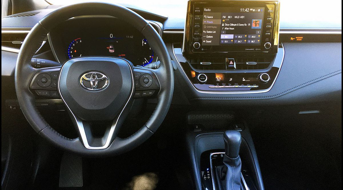 2022 Toyota Corolla Xse Accessories The Of Difference Between